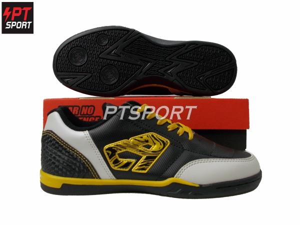 รองเท้ากีฬา รองเท้าฟุตซอล BREAKER BK1110 สีดำ