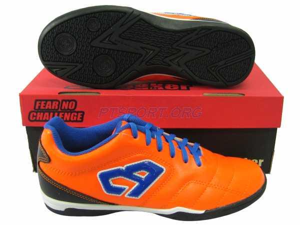 รองเท้ากีฬา รองเท้าฟุตซอล Breaker BK-114 ส้ม
