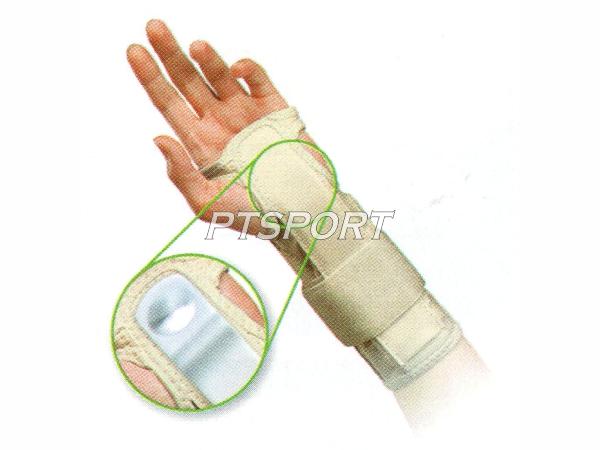 GRAND SPORT ปลอกสวมข้อมือแบบมีแกนพยุงข้อมือ 336100